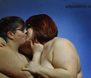 """""""Coppie over size e gay degne di amare"""": FOTO """"Adipositivity""""4"""