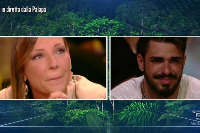 """Cristian Galella: """"Dopo l'Isola sposo Tara"""". Ma... FOTO"""