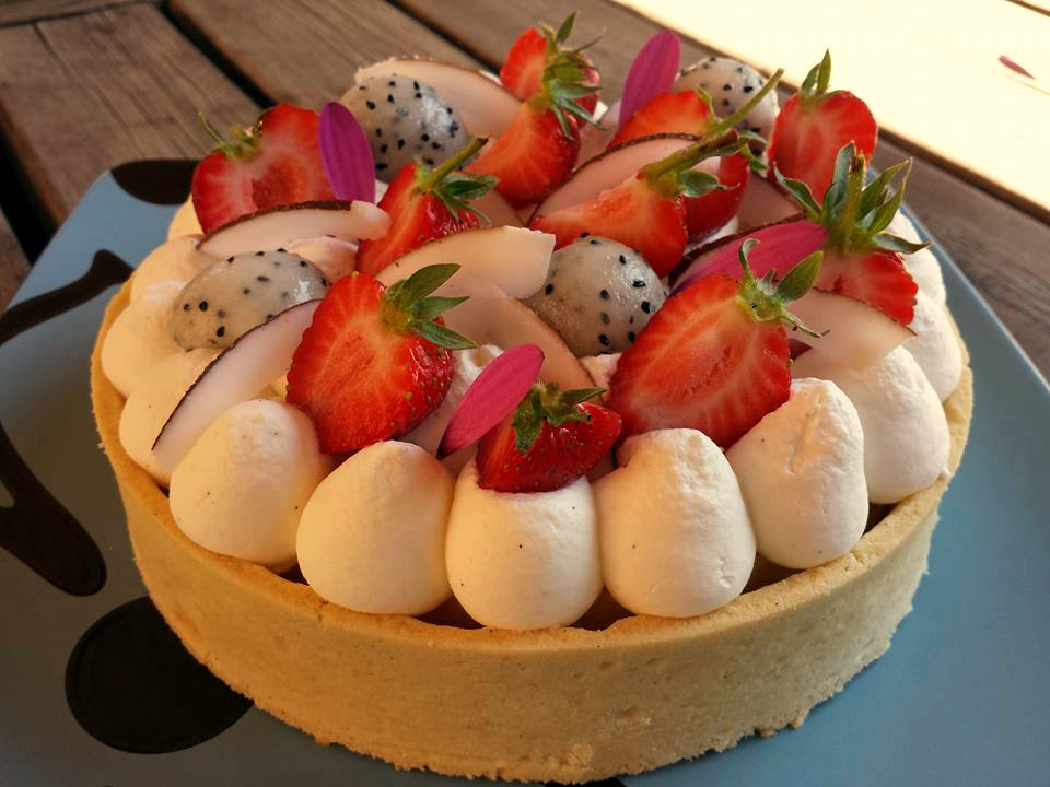 Torta Esotica al Passion Fruit e Pitaya