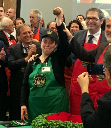 Campionato mondiale di Pesto al Mortaio: Vince ancora una Donna