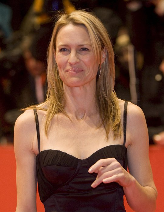 Robin Wright, first lady di house of Cards compie 50 anni13