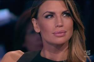Isola de famosi, Claudia Galanti: perché la inquadrano sempre?