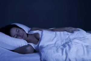 Chi dorme ingrassa meno: ecco perché