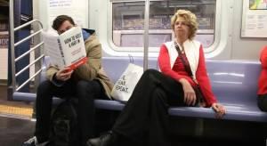 Copertina del libro imbarazzante: la reazione della gente
