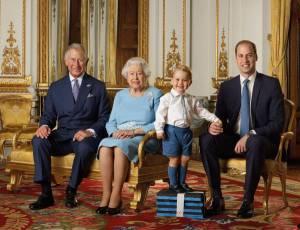 Kate Middleton, che smacco: fuori dalla FOTO della famiglia reale
