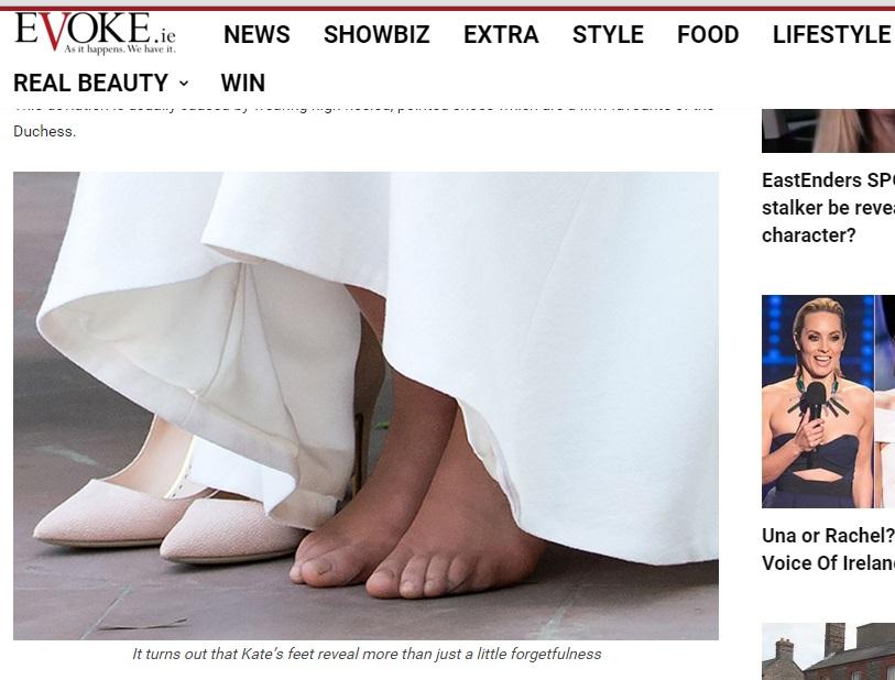 Kate Middleton a piedi nudi nel tempio... e la pedicure? FOTO