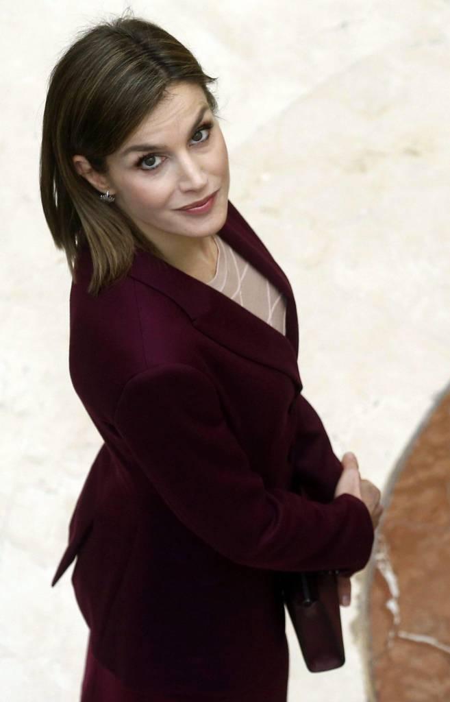 Kate Middleton, Letizia Ortiz: passione bordò FOTO