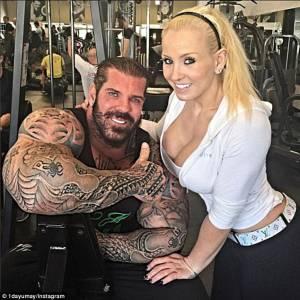 """Bodybuilder mostruoso: """"Consumo steroidi dall'età di 15 anni3"""