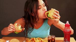Essere affamati ci fa perdere il controllo? Ecco perché