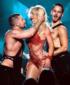 Britney Spears più in gran forma ai Billboard VIDEO FOTO
