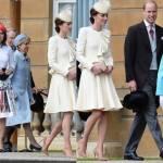 Kate Middleton, look in bianco Alexander McQueen riciclato FOTO