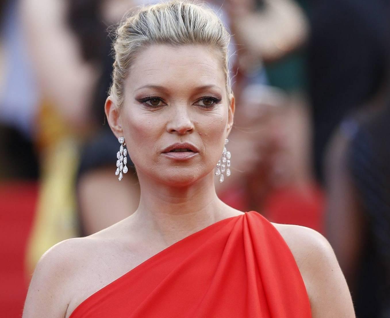 Kate Moss, altro che amore: il suo nuovo impegno è...