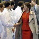 Kate Middleton, Letizia Ortiz: impeccabili in rosso FOTO 4