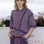 Lily Rose Depp incanta a Cannes: look Chanel FOTO 8