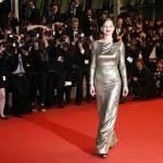 Cannes, Marionne Cotillard: abito oro firmato Dior FOTO