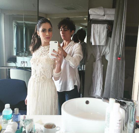 Martina Stoessel (Violetta) in Messico: look total white FOTO