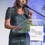 Maxima d'Olanda copia Kate Middleton: abito in pizzo FOTO
