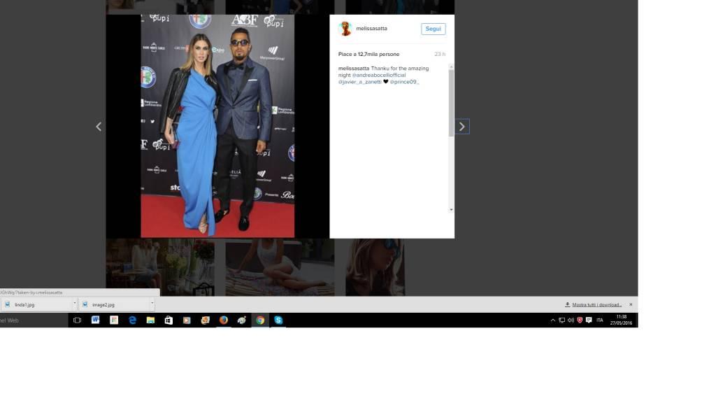 Melissa Satta, abito blu firmato Dsquared² FOTO
