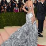 Rita Ora, Emily Ratajkowski, Kendall Jenner al Met Gala FOTO