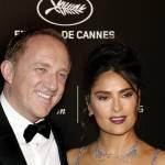 Salma Hayek, scollatura estrema a Cannes con abito Gucci FOTO 5