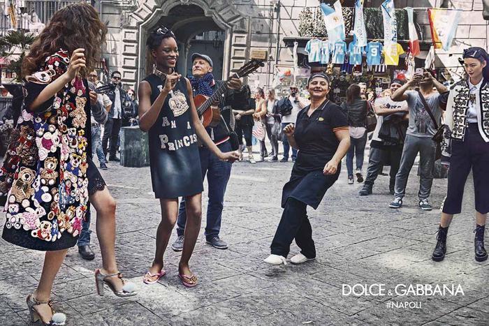 Dolce e Gabbana, campagna tra vicoli di Napoli