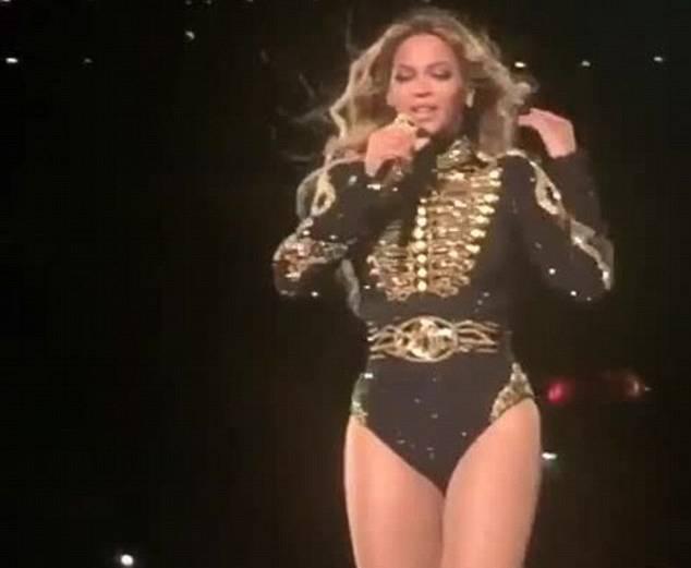 "Beyoncé starnutisce sul palco. I fan: ""E' umana anche lei4"