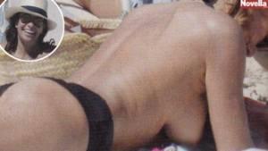 Cristina Parodi a Formentera topless e lato B in forma a 51 anni 2