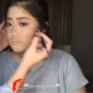 Jessie Adhistia, suo tutorial mostra come coprire l'acne