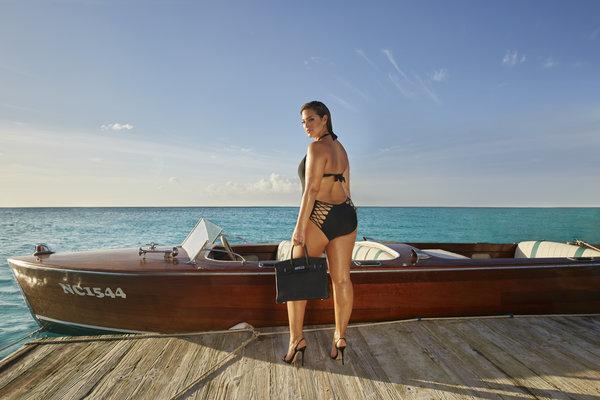 Ashley Graham, modella curvy orgogliosa 6