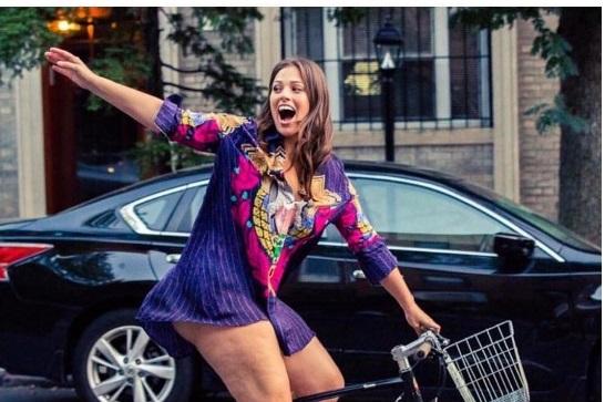 Ashley Graham, modella curvy orgogliosa della propria cellulite FOTOuuuu