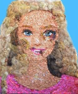 Barbie diventa tumefatta per denunciare violenza sulle donne