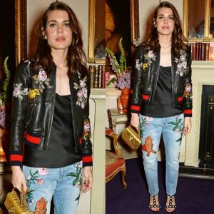 Charlotte Casiraghi floreale: jeans e giacca in pelle FOTO