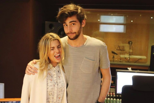 """Emma Marrone e Alvaro Soler, duetto """"Libre"""" ma anche flirt?"""