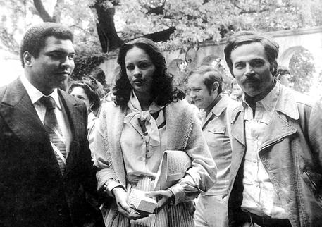"""Muhammad Ali, ricordo Franco Nero: """"Era un uomo..."""""""