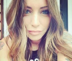 """Karina Cascella, attimi di terrore: """"Mi hanno rapito il cane"""""""