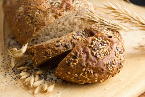 Infarto, 3 fette di pane integrale al dì abbassano il rischio