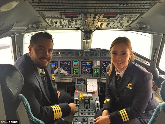 Marito e moglie piloti su stesso aereo5