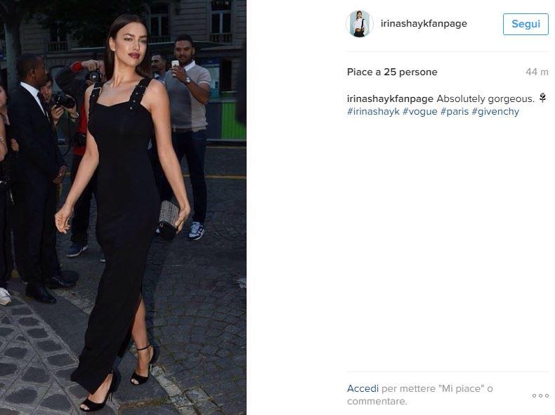 Irina Shayk incantevole a Parigi: look total black FOTO VIDEO