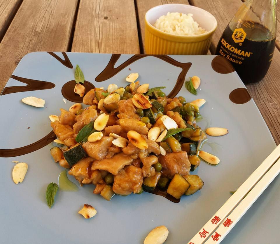 Pollo alle Mandorle... Un classico della cucina cinese...