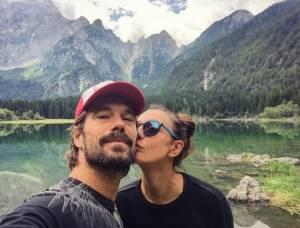 Ambra Angiolini e Lorenzo Quaglia: estate a prova di bacio! FOTO