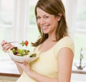 Incinta, attenta alla dieta? Con troppi grassi bimbo rischia...