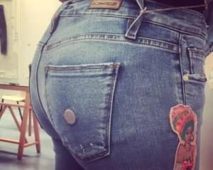 Moda: arriva il jeans che sfila e valorizza lato B FOTO
