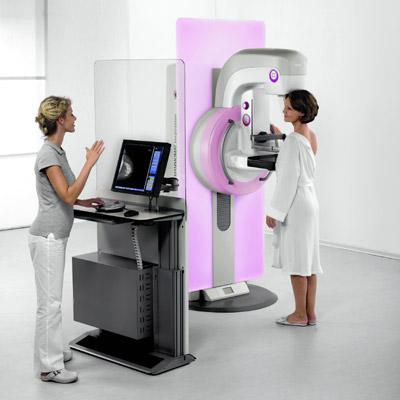 Cancro al seno, mammografia: ecco ogni quanto va fatta