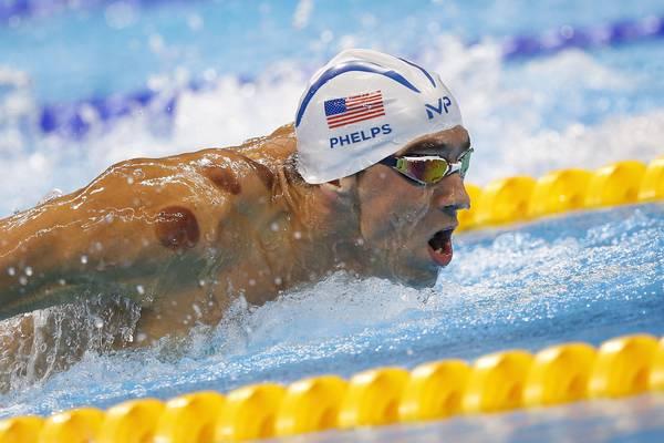 """Cupping, cos'è la """"coppettazione"""" di Phelps (e Gwyneth Paltrow)"""