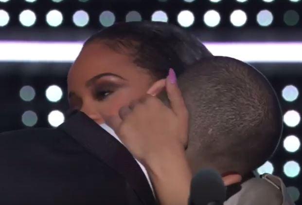 Rihanna e Drake agli Mtv VMA: quanto amore! VIDEO
