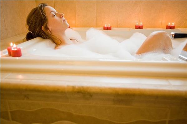 Vasche Da Bagno Nella Jacuzzi : Dimagrire nella vasca da bagno quante calorie si bruciano ladyblitz