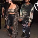 Kim Kardashian a Parigi: pantaloni di pelle di camoscio, cappotto leopardato2