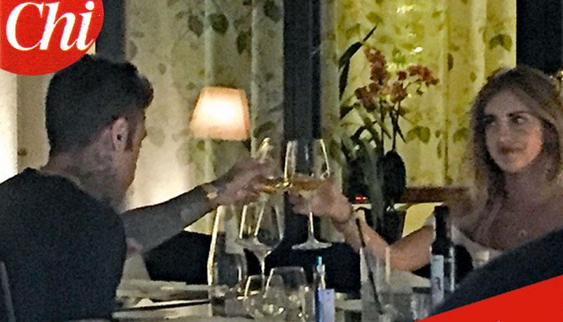 Fedez e Chiara Ferragni insieme: cena romantica a Milano