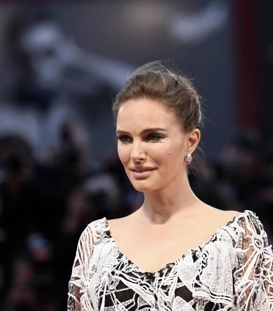 Charlotte Casiraghi, Natalie Portman: look a confronto FOTO
