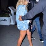 Beyonce, shorts cortissimi e gambe in vista 2